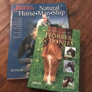 2 books on Horses 🐴 Horsemanship & bag